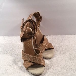 Women's Arturo Chiang Sandals